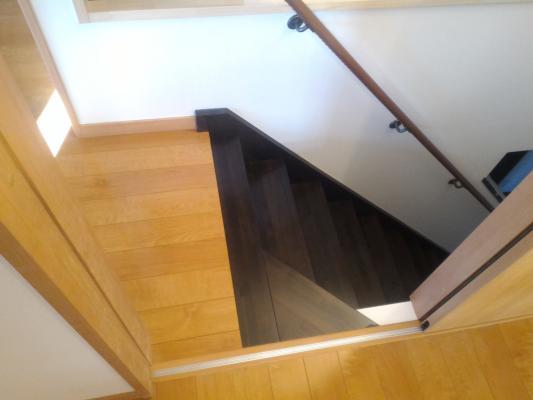 手すり 取付 直階段