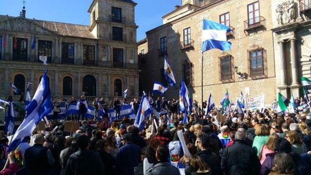 Manifestacion-Toledo-recuperacion-Talavera-Reina-sostalavera-estatuto-reforma-autonomia