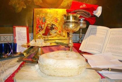 Το θαύμα της Θείας Λειτουργίας: Η γέννηση του Χριστού συντελείται σε κάθε Θεία Λειτουργία