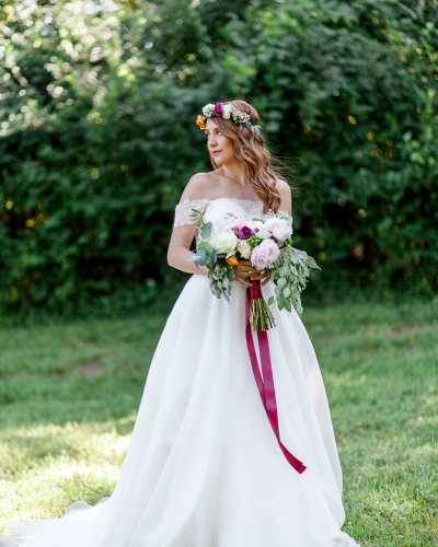 Summer Wedding Feature | Haue Valley