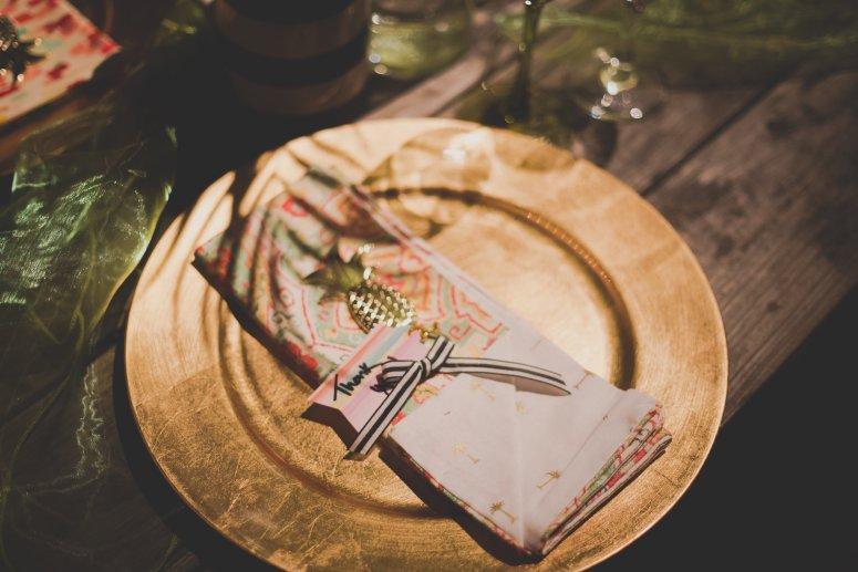 Hawaiian Wedding Gold Charger