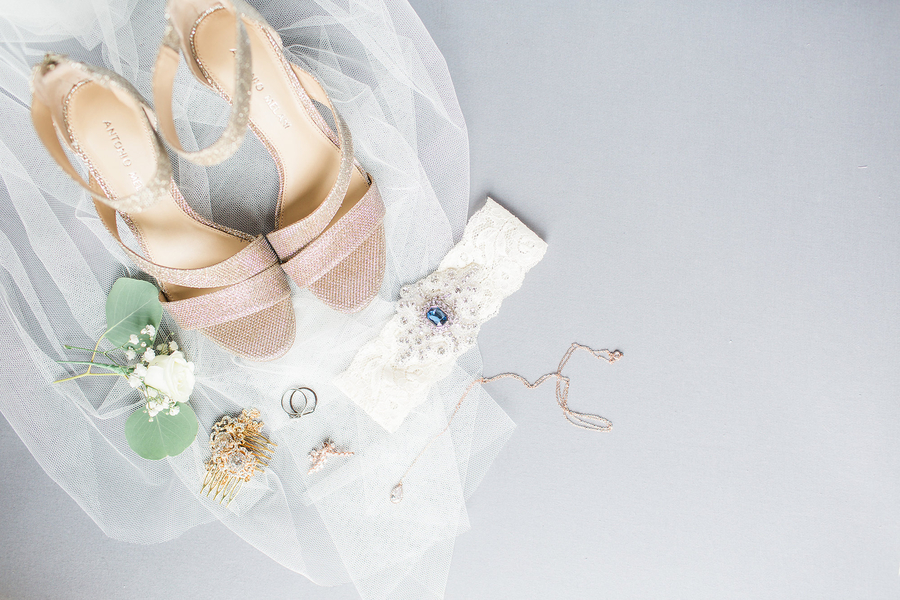 brides shoes, veil, and garter, wedding day attire