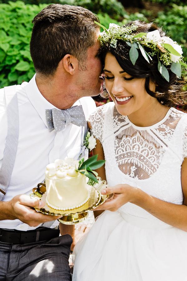 One tier wedding cake, Bridal Floral Crown, Chicago Wedding