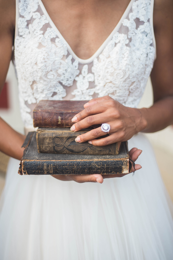 Harry Potter Wedding, Harry Potter Themed Wedding, Harry Potter Books at Wedding