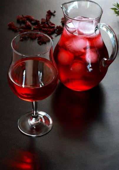 طريقة تحضير عصير الكركديه البارد