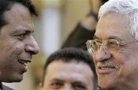© Unknown -- Dahlan (z lewej) i Abbas (z prawej)