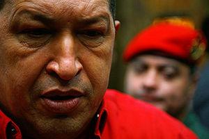 © Agence France-Presse - - 'My nie chcemy wojny, nienawidzimy jej. Ale musimy być na nią przygotowani' – ostrzegł Chavez