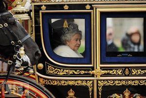 queen in carriage