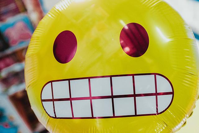 Emoji: perché utilizzarle nell'oggetto delle email | Sottosopra Comunicazione | Thanks Bernard Herman