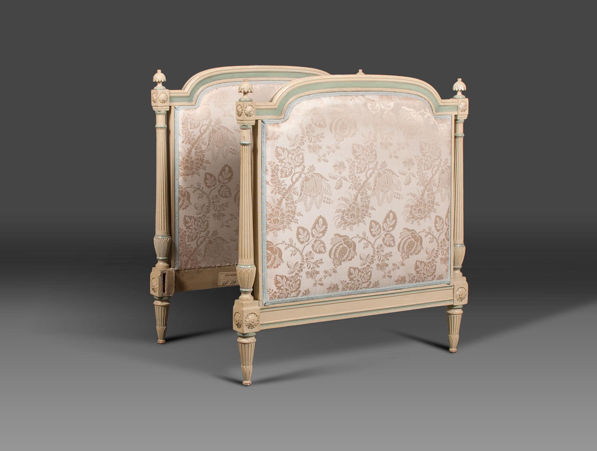 Lit De Repos Louis XV Soubrier Louer Mobiliers Lit XVIIIe