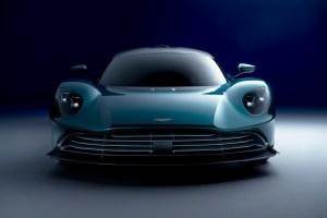 1 Aston Martin Valhalla_01