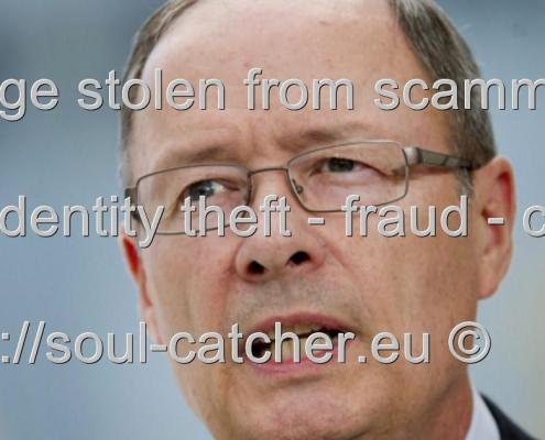 Gen. Keith B. Alexander (Retired) image abused by Scammers