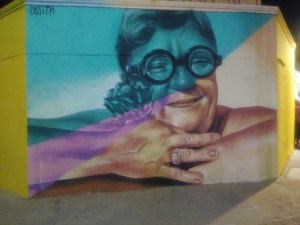 Colourful mama mural in Sint Nicolas