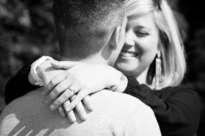 Soul_Bliss_photographie_Séance_Engagement_Parc_de_sceaux_couple_Mariage_Fiançailles_couple_94_jean_blond_yeux_bleus__(7_sur_20)
