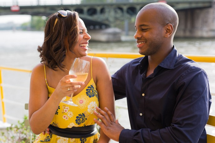 435-seance-engagement-paris-tour-eiffel-photographe-mariage-soul-bliss