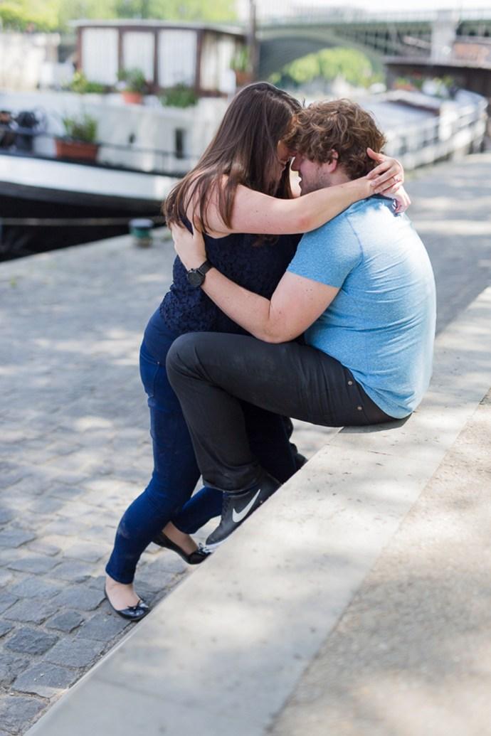 482-seance-engagement-notre-dame-paris-couple-mariage-soul-bliss-seine