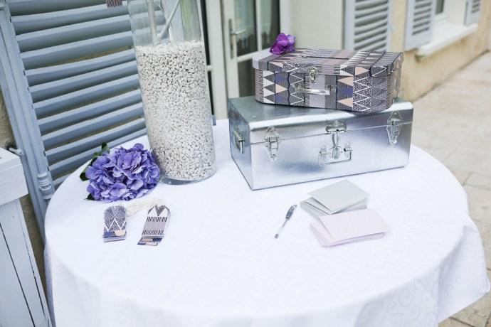 mariage-moulin-des-noues-soicy-sur-ecole-essonne-decoration-argent-theme-violet-photographe-soul-bliss