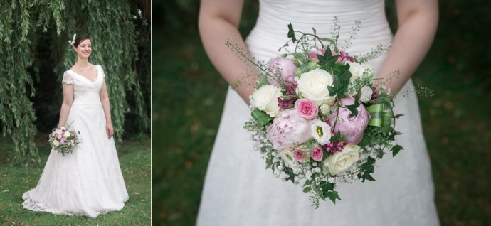 mariage moulin de dampierre portrait mariee une fille a marier robe dentelle romantique bouquet rose photographe mariage paris solubles
