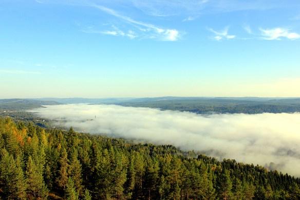 Dimma över Ådalen sett från Hallstaberget