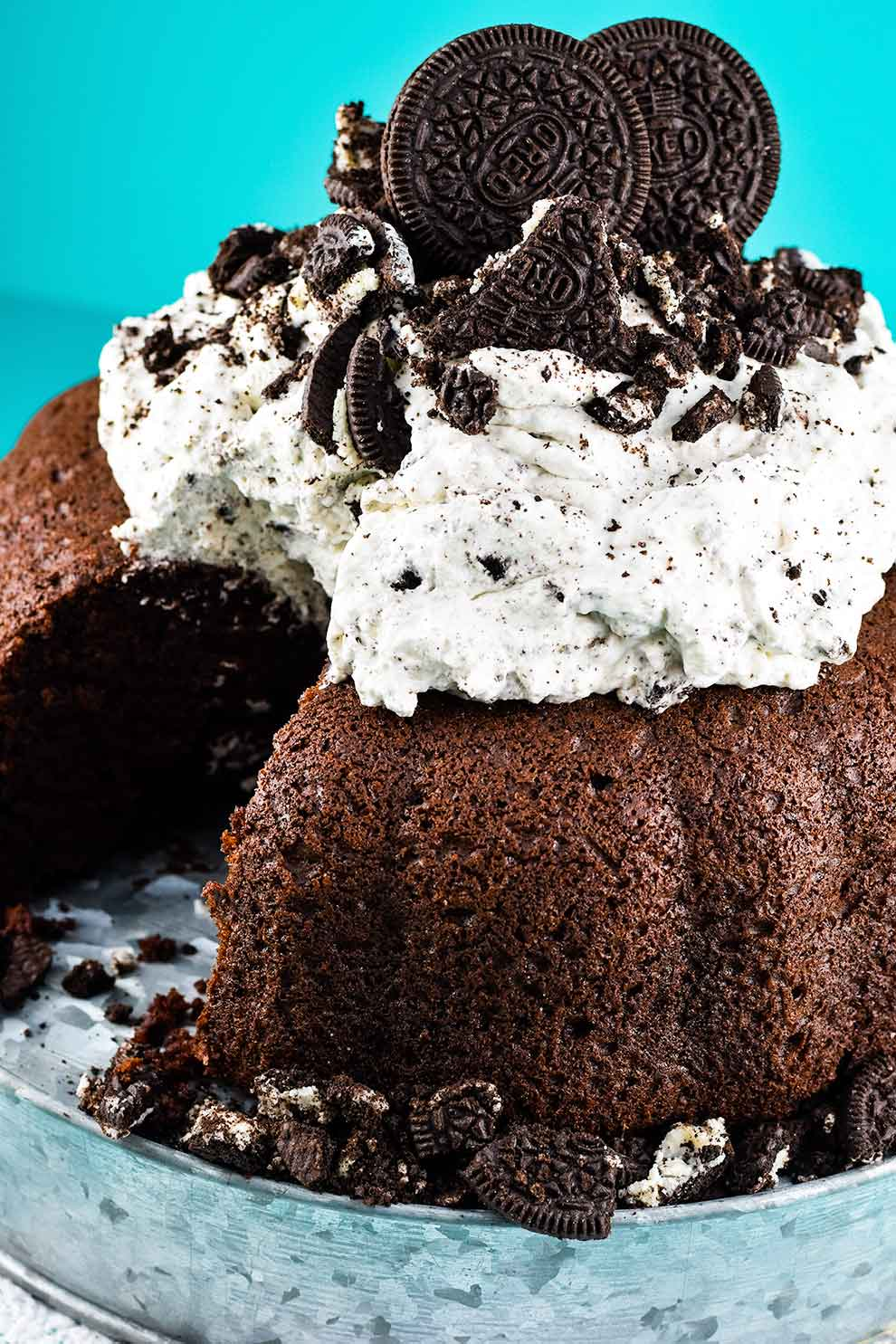 Chocolate Cake With Whipped Oreo Icing Soulfully Made