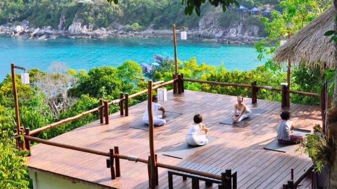 retreats by the sea