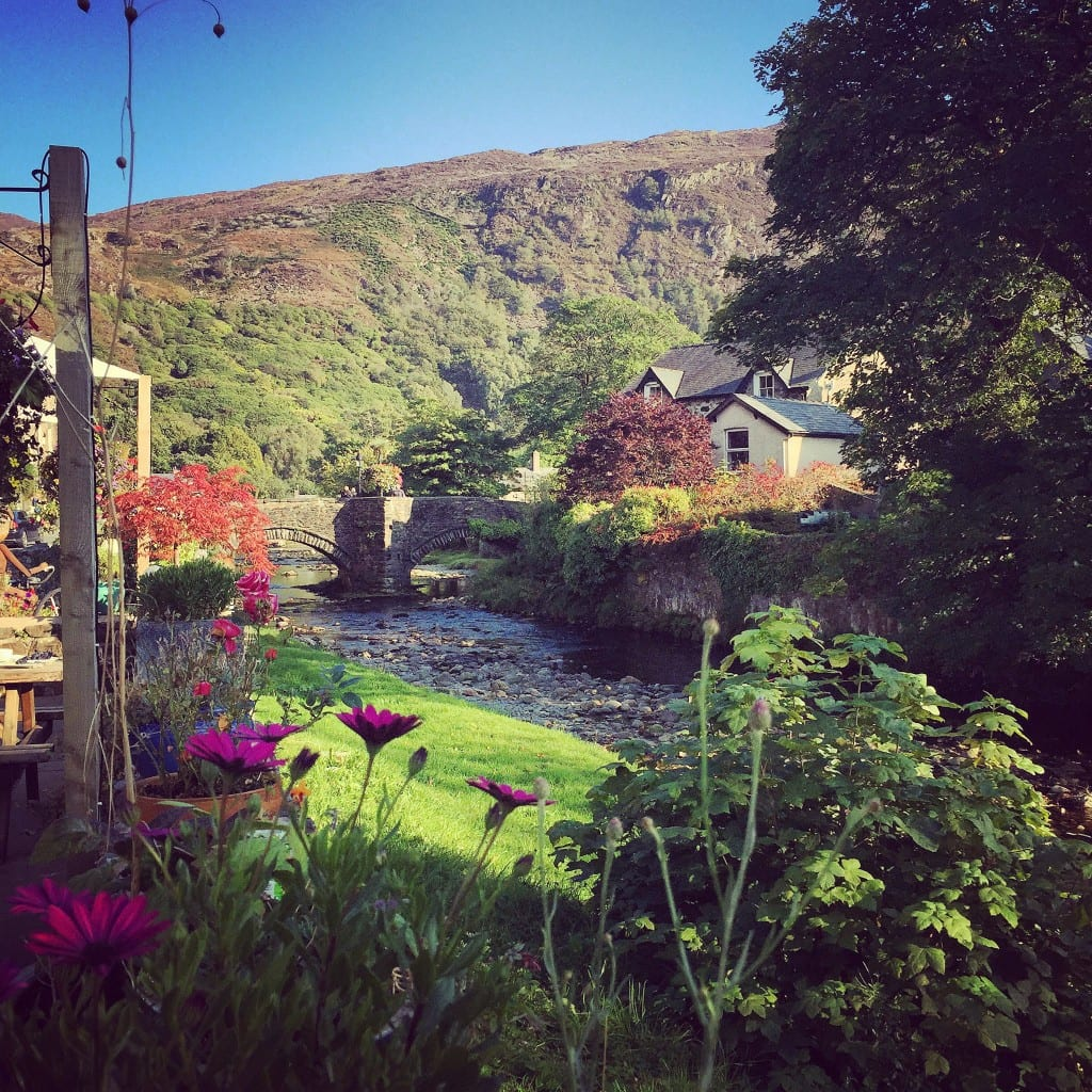 yoga retreat Wales