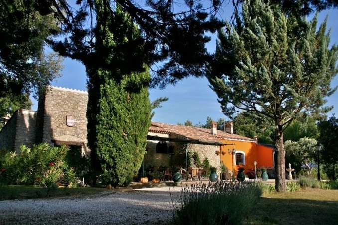 yoga in Provence
