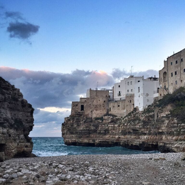 yoga retreat in Puglia