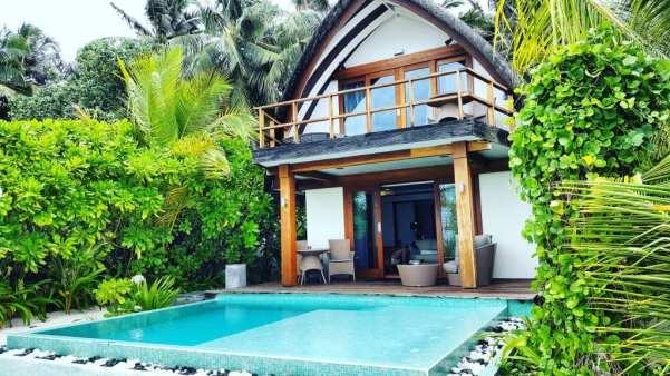 Kandolhu beach villa