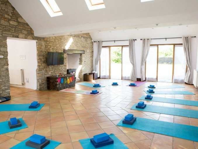 best yoga retreats in the uk