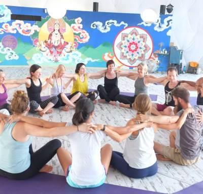 last minute yoga retreats