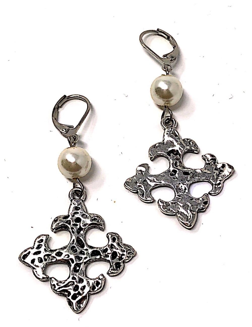 silver pearls moline
