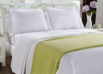 gestante-cama-bem-arrumada