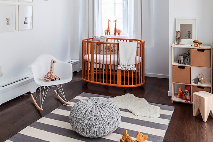 cortinas-para-quarto-de-bebê-marrom-branco