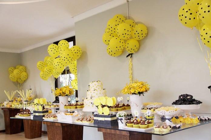 festa-infantil-abelhinha-mesa-de-vidro