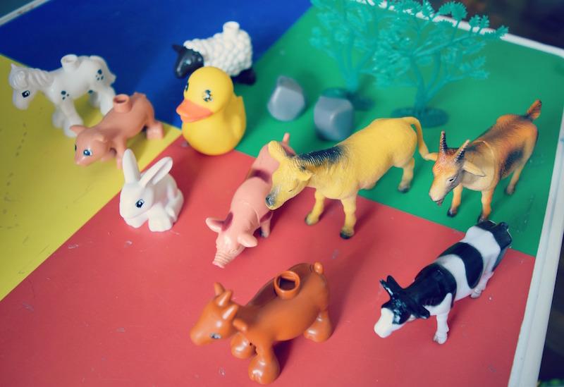 animais-da-fazenda-brinquedos
