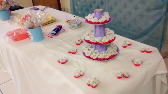 festa-infantil-dra-brinquedos-mesa