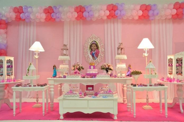 festa-infantil-da-barbie-princesas