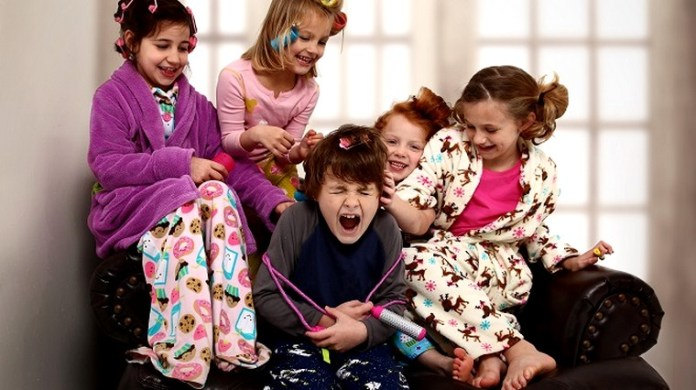festa-do-pijama-brincadeiras