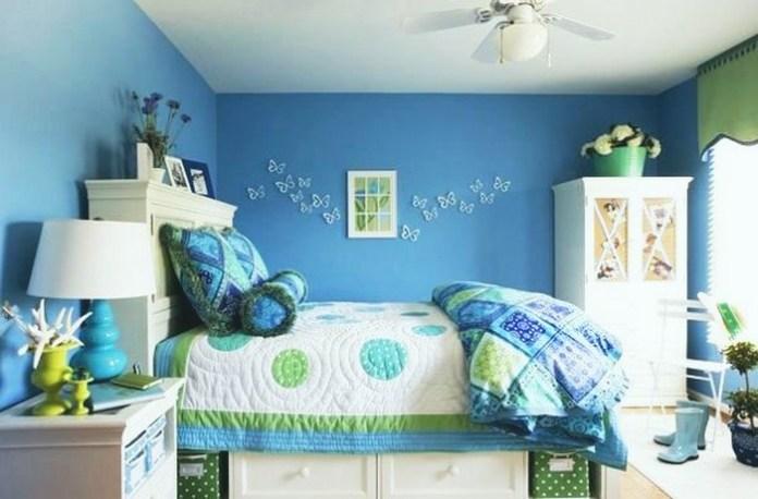 quarto-infantil-azul-borboletas