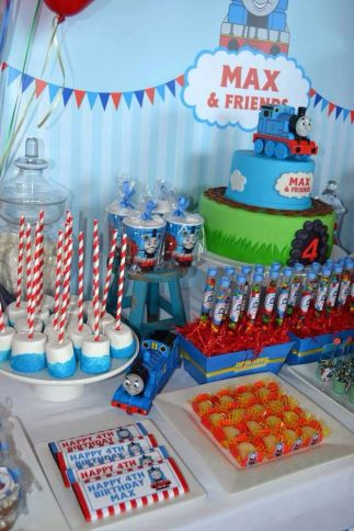 festa infantil thomas e seus amigos MESA