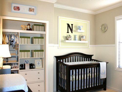 quarto de bebê simples caixas
