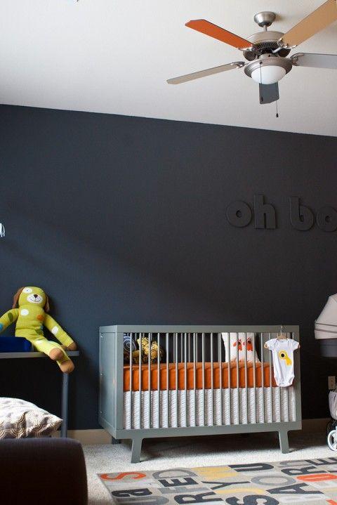 quarto de bebê simples parede