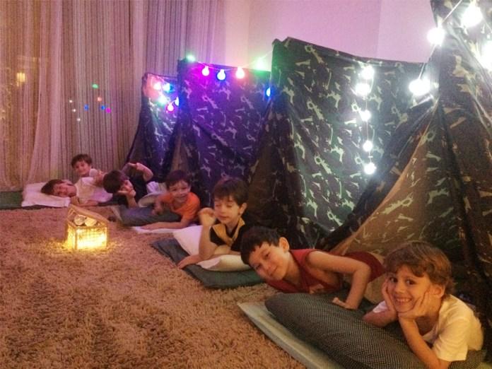 noite-do-pijama-meninos