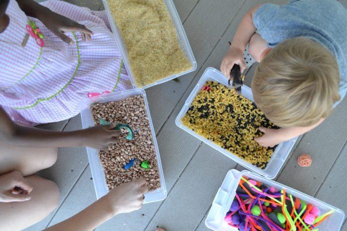 caixa-sensorial-para-bebes-criancas