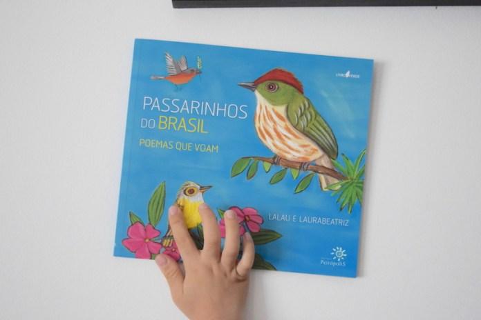 Livro infantil de poesia