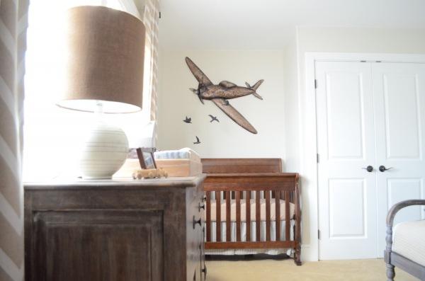 Quarto de bebê masculino aviões