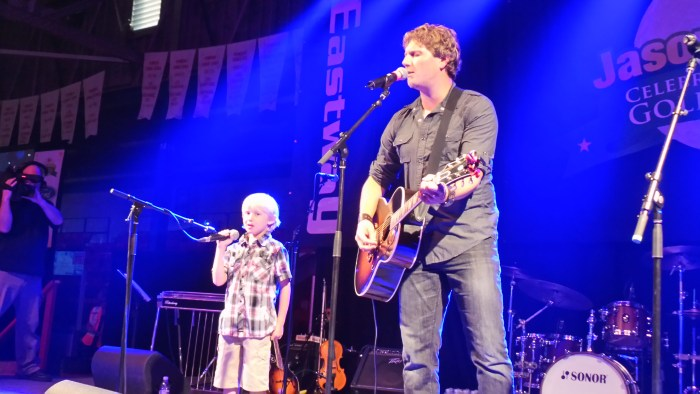 Jason Blaine & Carter Play With My Son