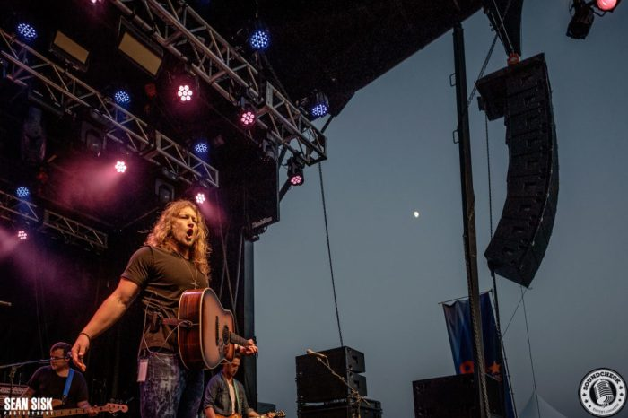 Cory Marquardt performs at the Spencerville Stampede in 2015 photo by Sean Sisk for Sound Check Entertainment