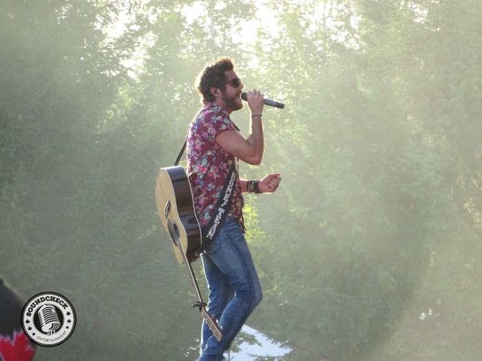 Thomas Rhett sings to 35,000+ at Boots and Hearts - Photo: Corey Kelly